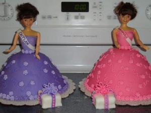 Fondant Decorating - Twin Dolls - cake and photo courtesy of CJ and www.SweetWishesCakes.com
