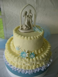 Our Niece's Wedding Cake - My Mother-in-Law made the cake and sister-in-law decorated it. Photo copyright by Kathy Tremblay